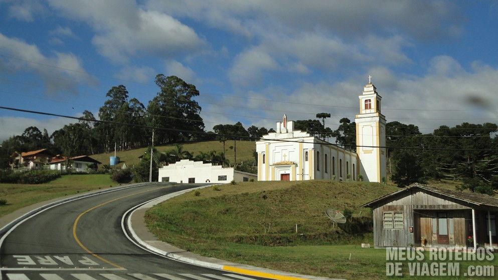 Igreja do distrito de Santa Terezinha - Urubici