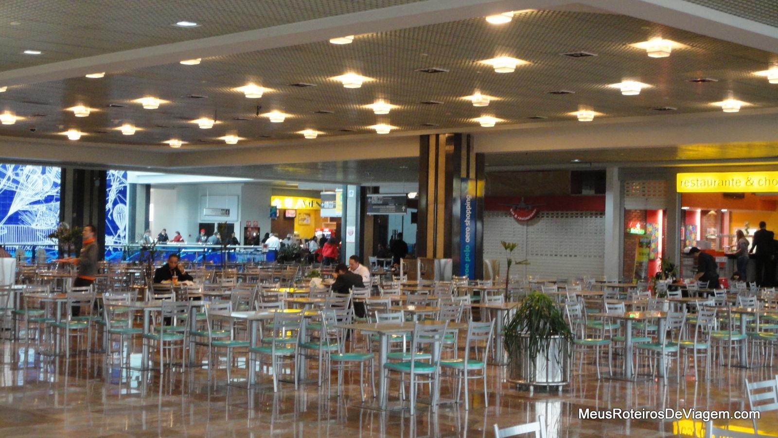 #AD7C1E Conexão no Aeroporto de Porto Alegre Meus Roteiros de Viagem 828 Loja De Janelas De Aluminio Em Porto Alegre