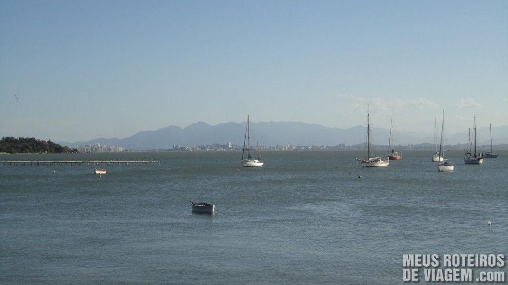 Barcos em Santo Antônio de Lisboa