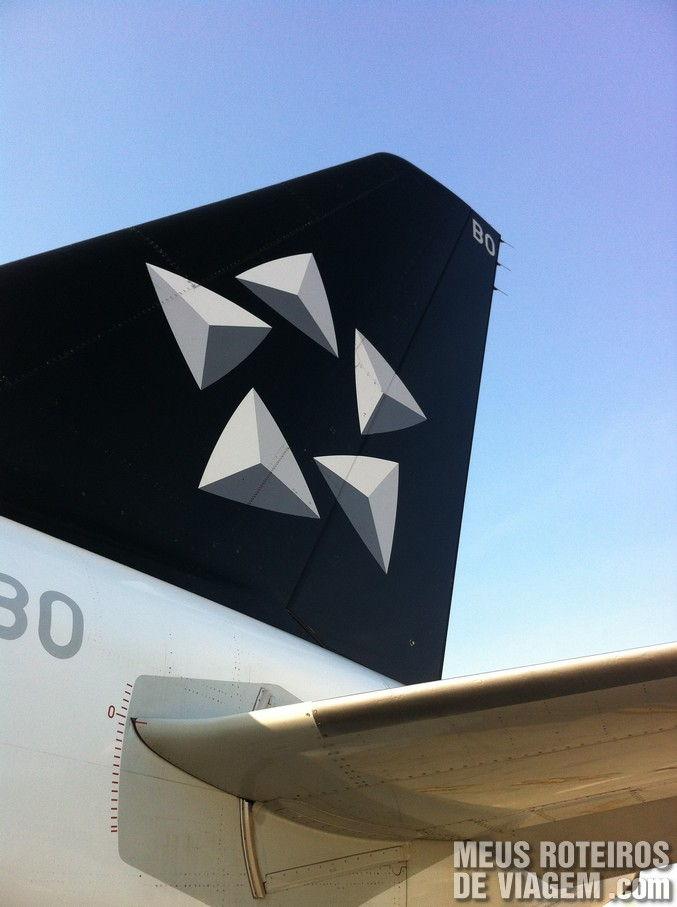 Pintura Star Alliance no avião da TAM