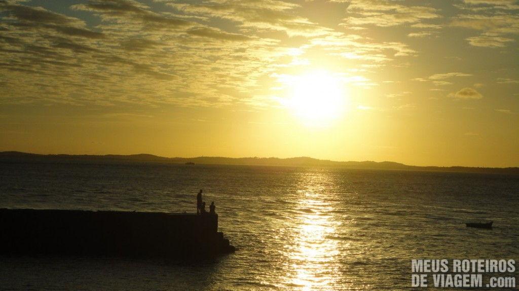 Por do sol na Praia do Porto da Barra - Salvador, Bahia