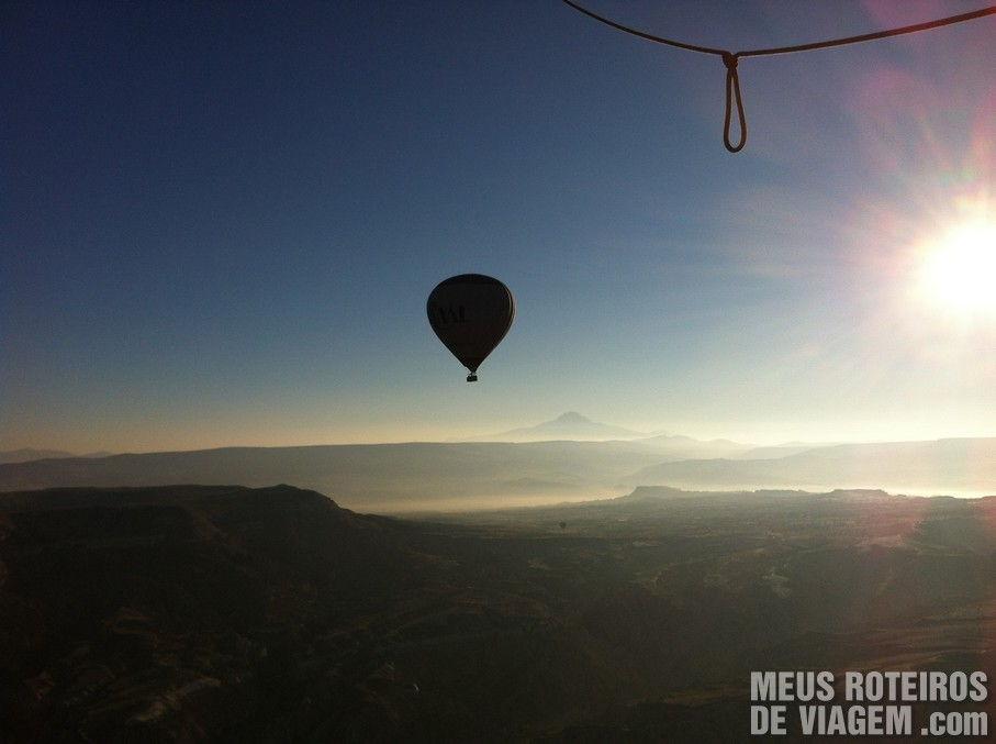 Balão voando na Capadócia - Turquia