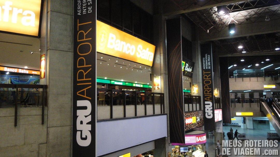 Faixas no Aeroporto de Guarulhos - GRU Airport