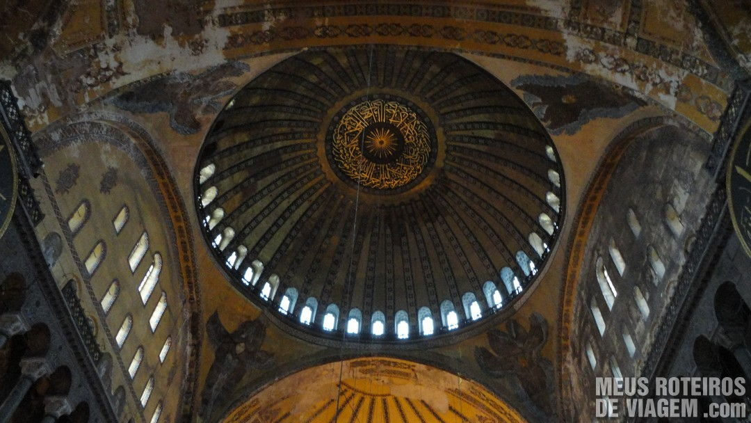 Cúpula da Basílica de Santa Sofia - Istambul, Turquia