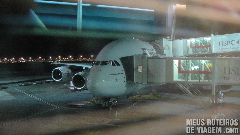 Airbus A380 no Terminal 3 do Aeroporto de Dubai