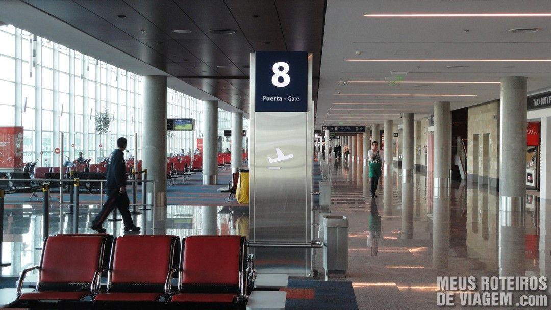 Nova área de embarque do terminal A do Aeroporto de Ezeiza - Buenos Aires