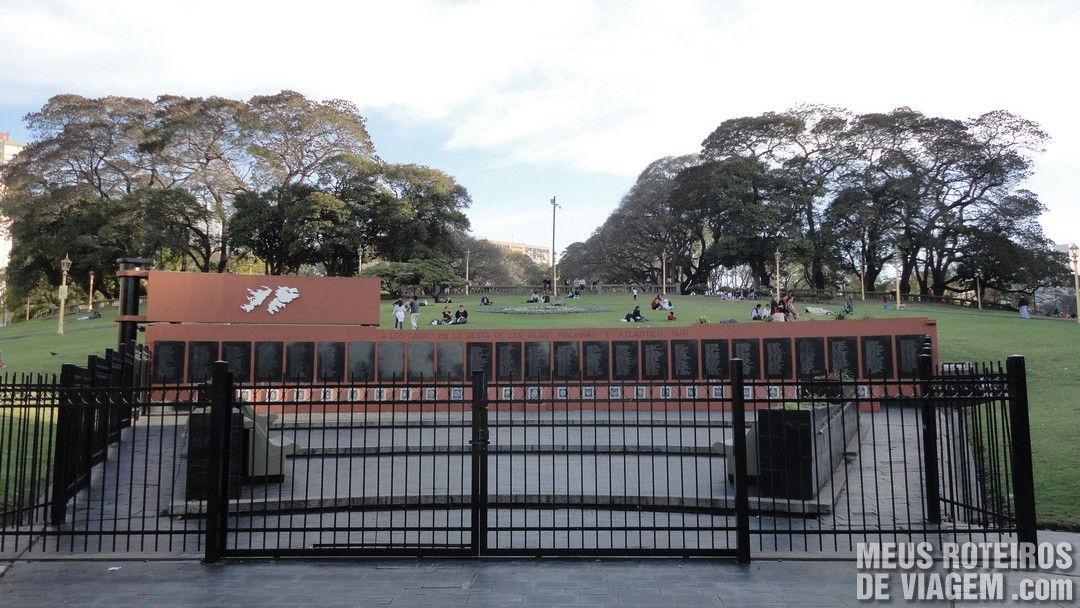 Memorial na Plaza San Martin - Buenos Aires, Argentina