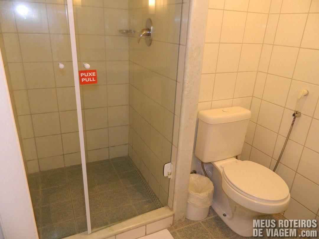 Banheiro do Hotel Ibis Porto Alegre Aeroporto