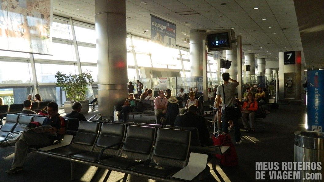 Sala de embarque doméstico no Aeroparque - Buenos Aires