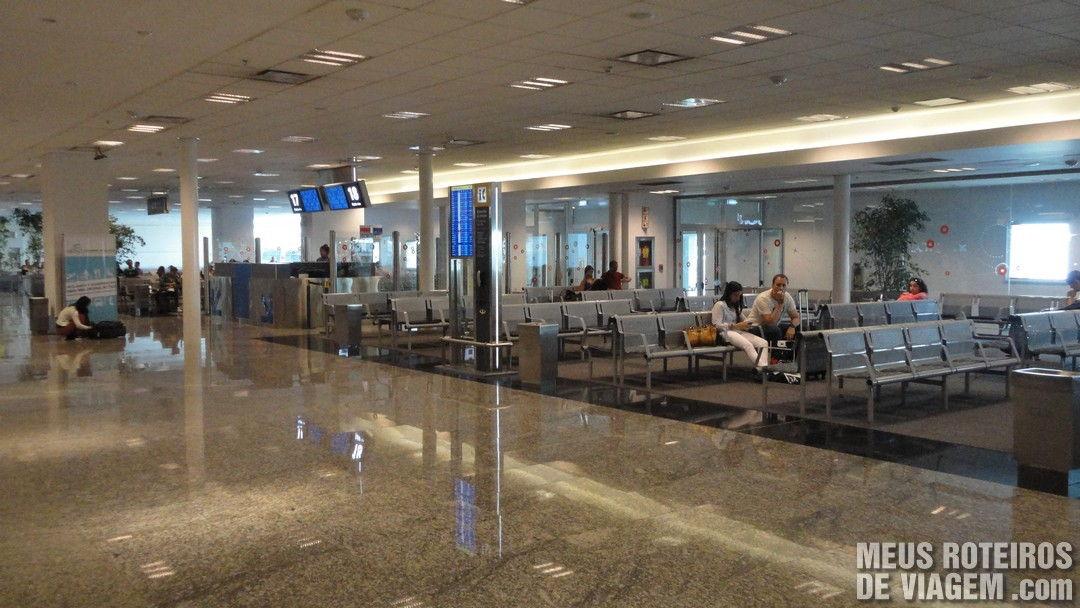 Sala de embarque internacional no Aeroparque - Buenos Aires