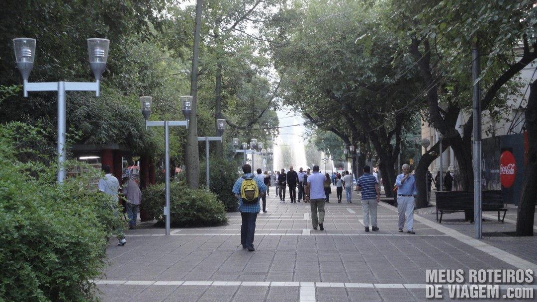 Calçadao Peatonal Sarmiento - Mendoza, Argentina