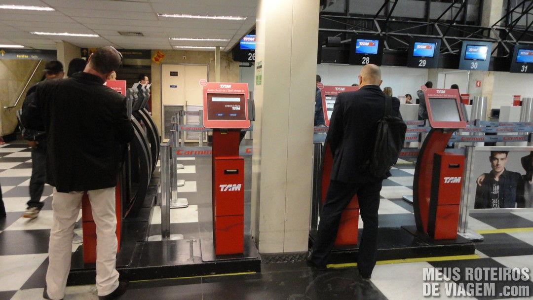 Auto atendimento da TAM Aeroporto de Congonhas São Paulo