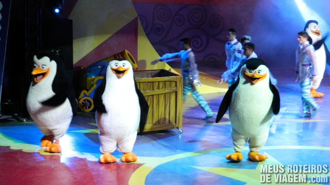 Pinguins no Madagascar Circus Show