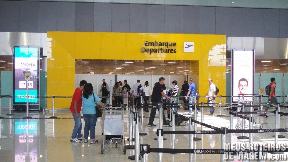 Acesso à área de embarque no T3 do Aeroporto de Guarulhos