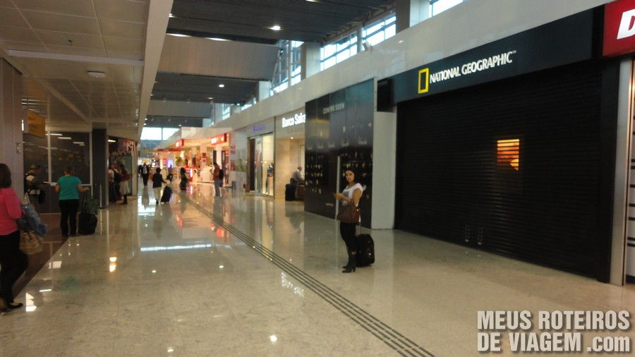 Lojas no Terminal 3 do Aeroporto de Guarulhos