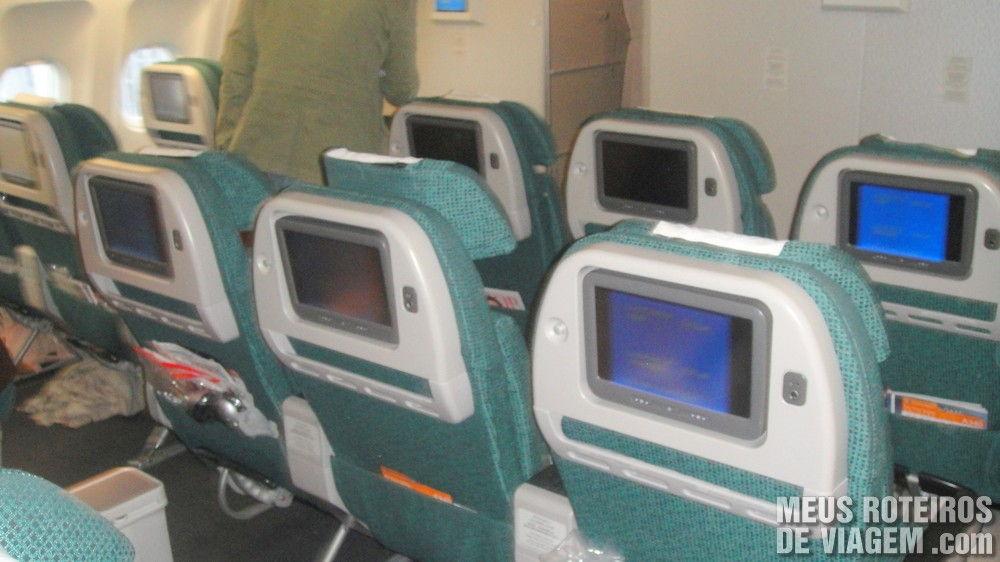 Classe Premium Economy no A340-300 da Cathay Pacific