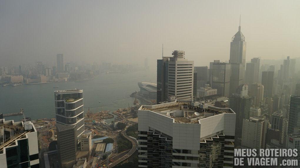 Vista do quarto para a Victoria Harbour - Hotel Conrad Hong Kong