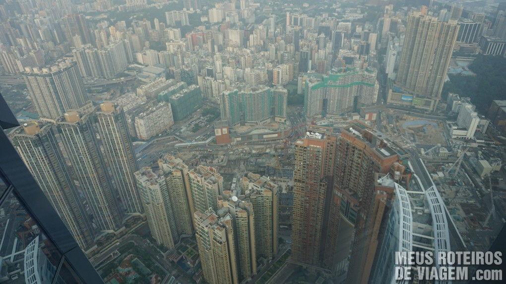 Arranha-céus próximos ao ICC em Kowloon