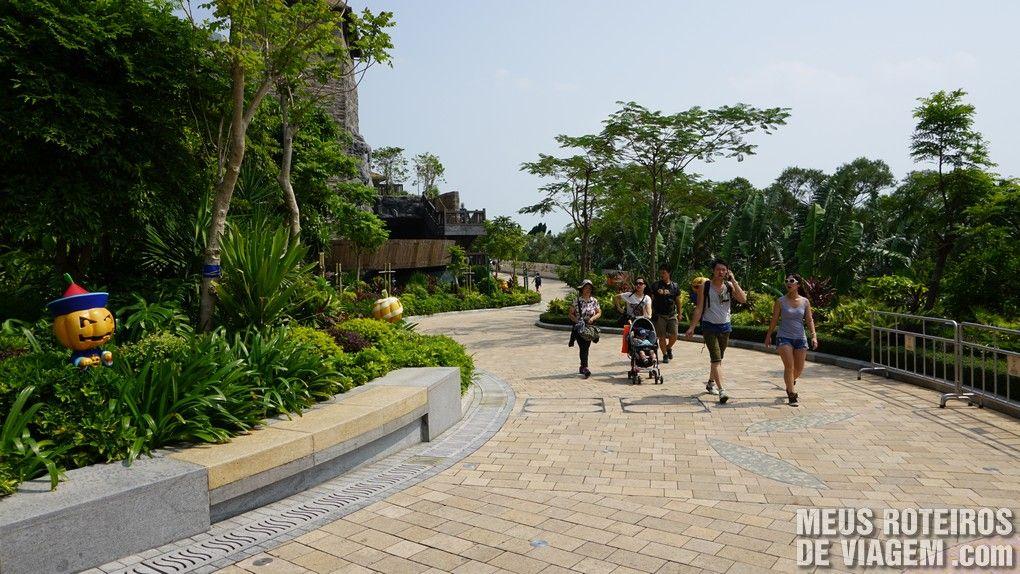 Calçadas para caminhar pelo parque