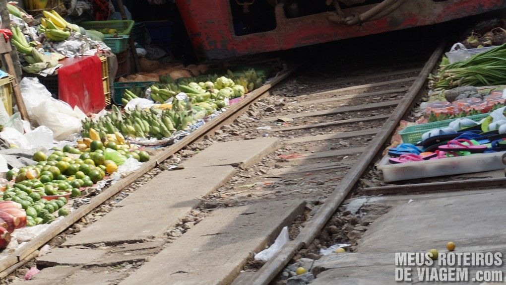 Mercado Ferroviário de Maeklong - Bangkok, Taildândia
