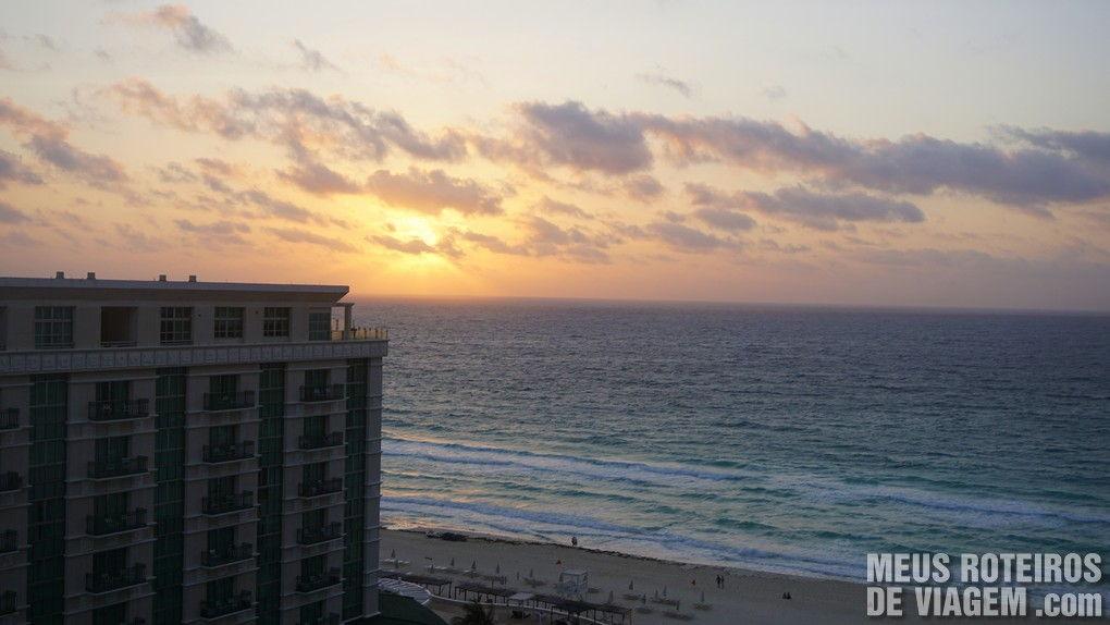 Nascer do sol no Hotel Secrets The Vine Cancun