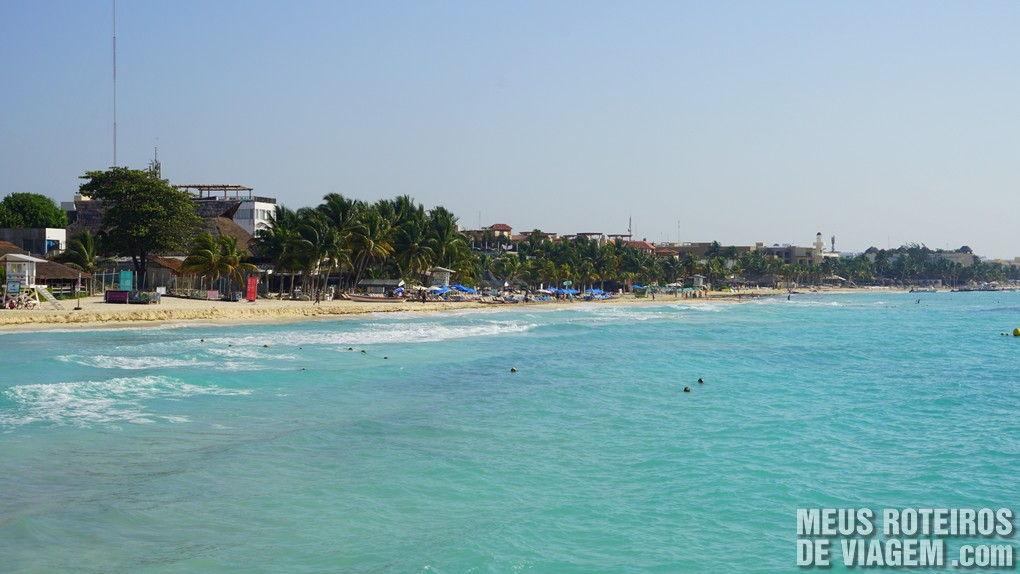Praia de Playa del Carmen na saída do ferry - México
