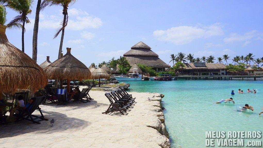 Praia do Parque Xcaret - México