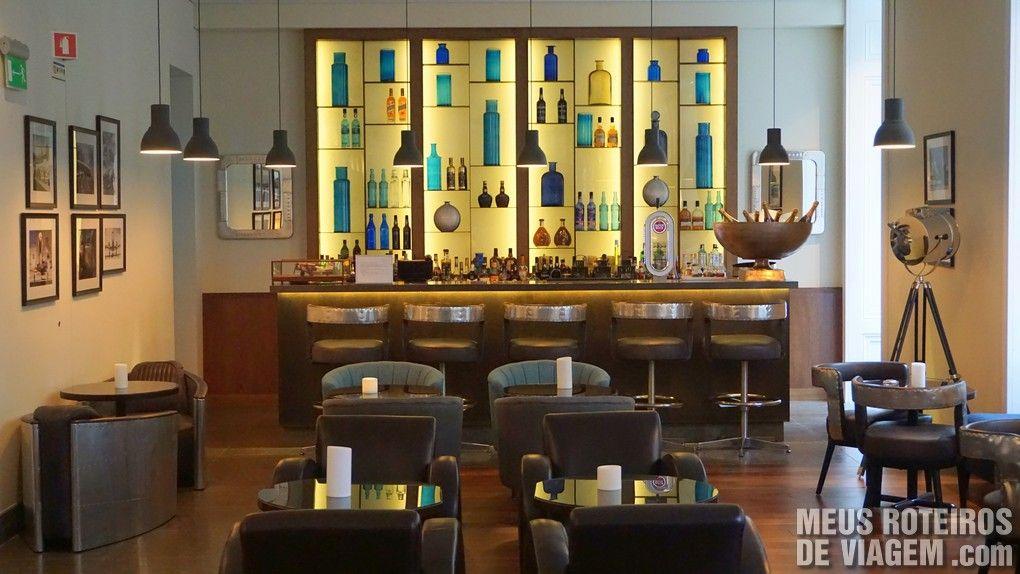 Bar do Hotel Porto Bay Liberdade - Lisboa, Portugal