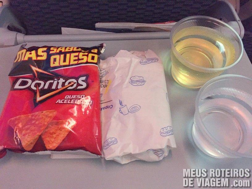 Serviço de bordo no voo da Copa Airlines