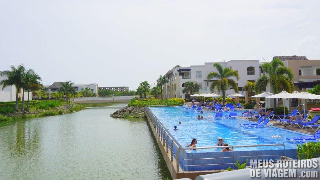 Piscina do Hard Rock Hotel & Casino Punta cana