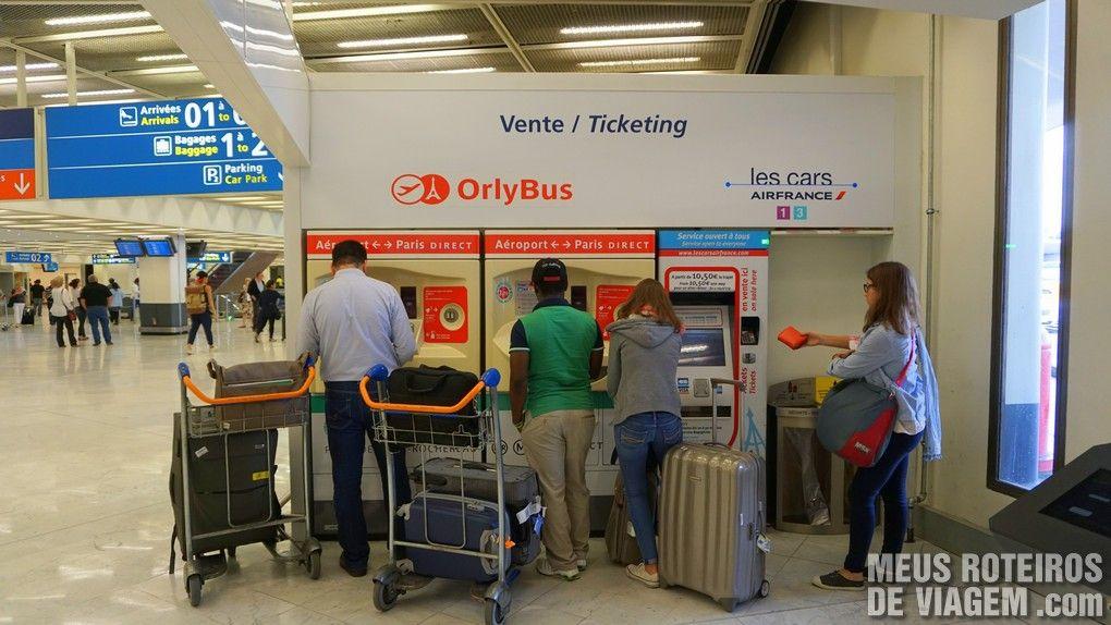 Venda de passagens de ônibus no desembarque - Aeroporto de Paris-Orly