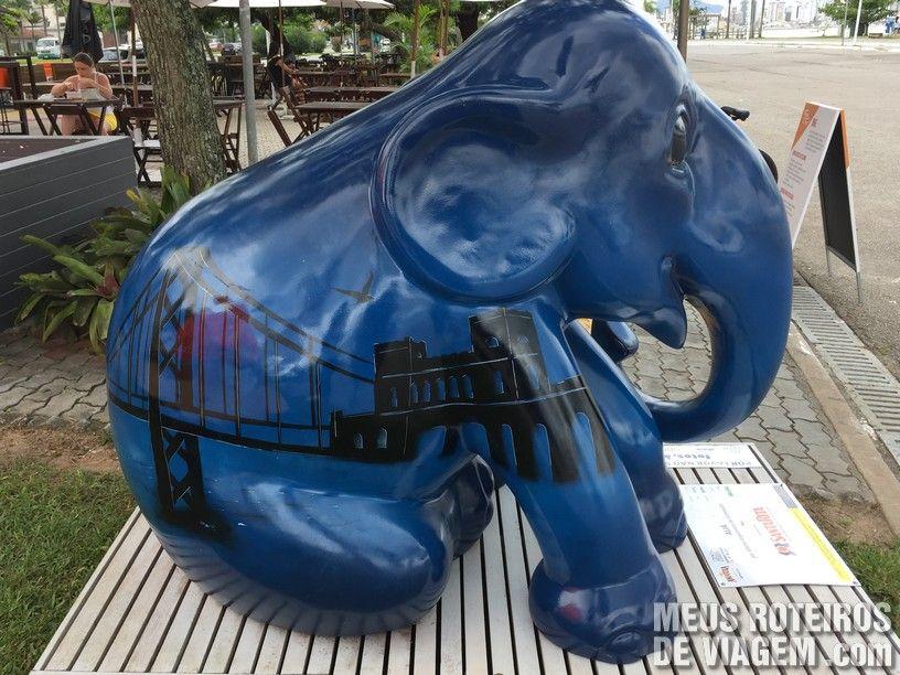 """Elefante """"Aliá"""", por Allume Iluminação"""