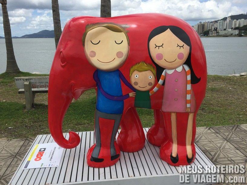 """Elefante """"Amor Tamanho Família"""", por Luciano Martins"""