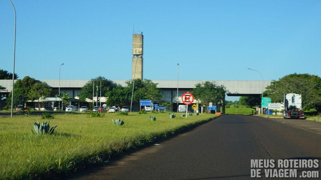 Aduana do Brasil no caminho para a Argentina - Foz do Iguaçú