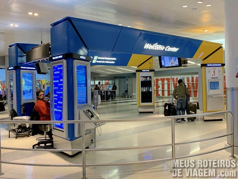 Welcome Center no desembarque do T8 do Aeroporto JFK - Nova York