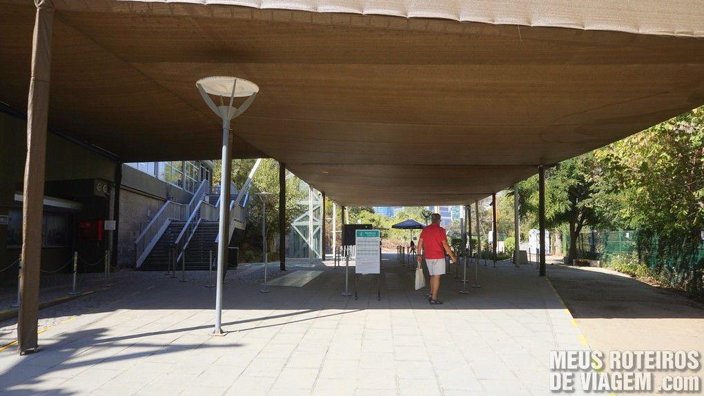 Estação Oasis - Teleférico Santiago, Chile